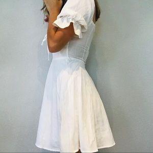 re:named Dresses - NWT boutique white boho puff sleeve peasant dress